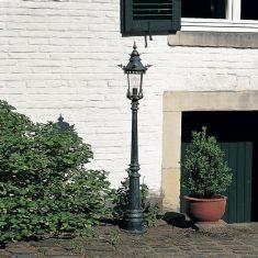1-flammiger Mast, Laterne handgeschmiedet - reich verziert - Höhe 186cm