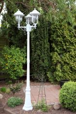 3-flammige Mastleuchte in Weiß in klassischer Form 3x 60 Watt, weiß