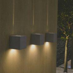 Aussenwandleuchte mit tollem Beleuchtungseffekt, Leuchte in Silbergrau oder Weiß
