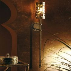 Antike Wandleuchte in Fackeloptik - Schmiedekunst