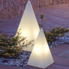 Außenleuchte Pyramide aus satiniertem Kunststoff in drei Größen