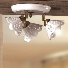 Deckenleuchte im Landhausstil - Keramik-Lampenschirm - Messingfarbig - 3-flammig