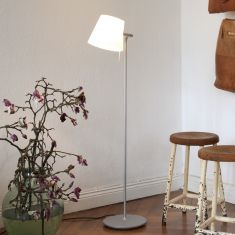 Serien-Lighting Dimmbare Design-Leseleuchte Elane Floor