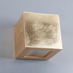 Gipswandleuchte Kubik 12 x 12cm Lichtaustritt symmetrisch in Schlagmetall gold gold, Blattgold, Lichtaustritt symmetrisch