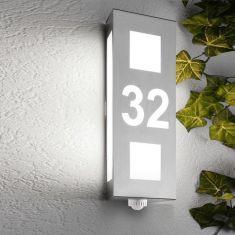 Hausnummernleuchte mit Bewegungsmelder aus Edelstahl