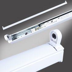 Klassische Langfeldleuchte aus Stahlblech - ideal für Keller und Garage - inklusive Leuchtmittel