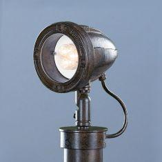LED Strahler-Pollerleuchte in Rost, handgeschmiedet