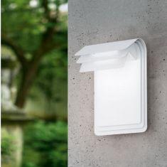 Moderne LED-Wandleuchte in weiß