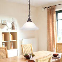 Pendelleuchte im Landhausstil, rostfarben mit weißem Alabasterglas