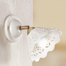 Romantische Wandleuchte - Keramikleuchte - Weiß - filigranes Lochmuster