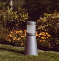 Sockelleuchte, modernes Design - aus Aluminium, aluminiumfarben