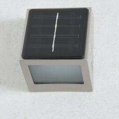 LED-Solarleuchte aus Edelstahl mit kaltweißem LED-Licht