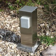 Steckdosensäule mit Flachdach aus Edelstahl mit 2 Schukosteckdosen