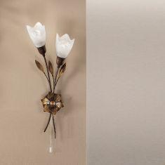 Wandleuchte links oder rechts ausgerichtet mit gold patinierten Blättern und Alabastergläsern