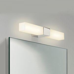 2-flammige Spiegelleuchte eckig in Chrom, Opalglas