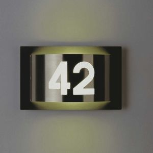 Aussenleuchte mit Hausnummer aus Edelstahl