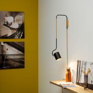 Domus Design Wandleuchte  Bocal, 45° drehbar, Holz Schwarzeiche