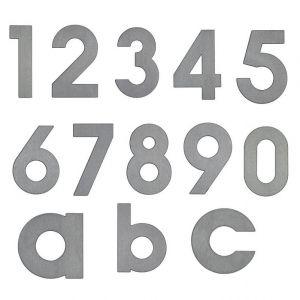 Hausnummern von 0 bis 9 und Buchstaben a, b, c aus Edelstahl