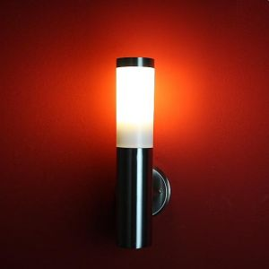 LHG LED-Außenleuchte aus Edelstahl günstig und gut