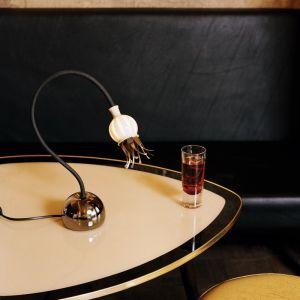 Serien-Lighting Tischleuchte Poppy, Arm schwarz