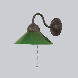 Wandleuchte in Messing-Antik mit grünem Glas und Zugschalter grün/messingfarbig, Antik