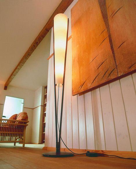 domus stehleuchte mit holz und lunopalschirm wohnlicht. Black Bedroom Furniture Sets. Home Design Ideas