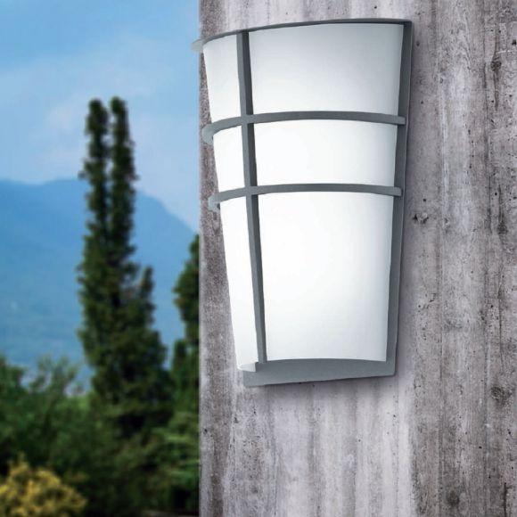 LED-Außenwandleuchte mit Kunststoffglas