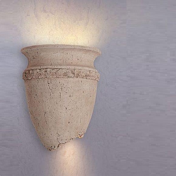 Wandleuchte in Amphorenform mit Lichtaustritt nach oben und unten