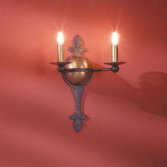wandleuchte 2 flammig hochwertige schmiedekunst wohnlicht. Black Bedroom Furniture Sets. Home Design Ideas