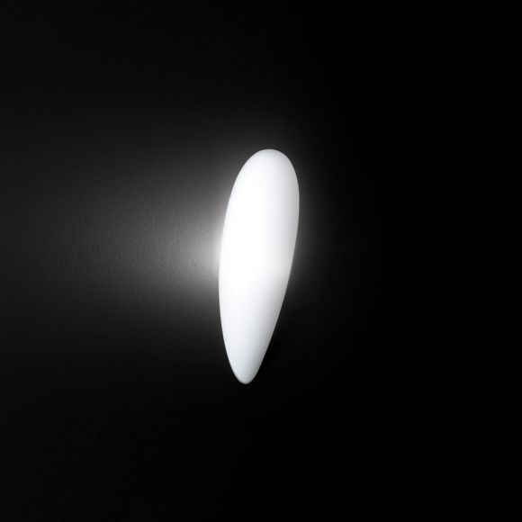 Weiße Wandleuchte in Tropfenform inklusive 5W E27 LED