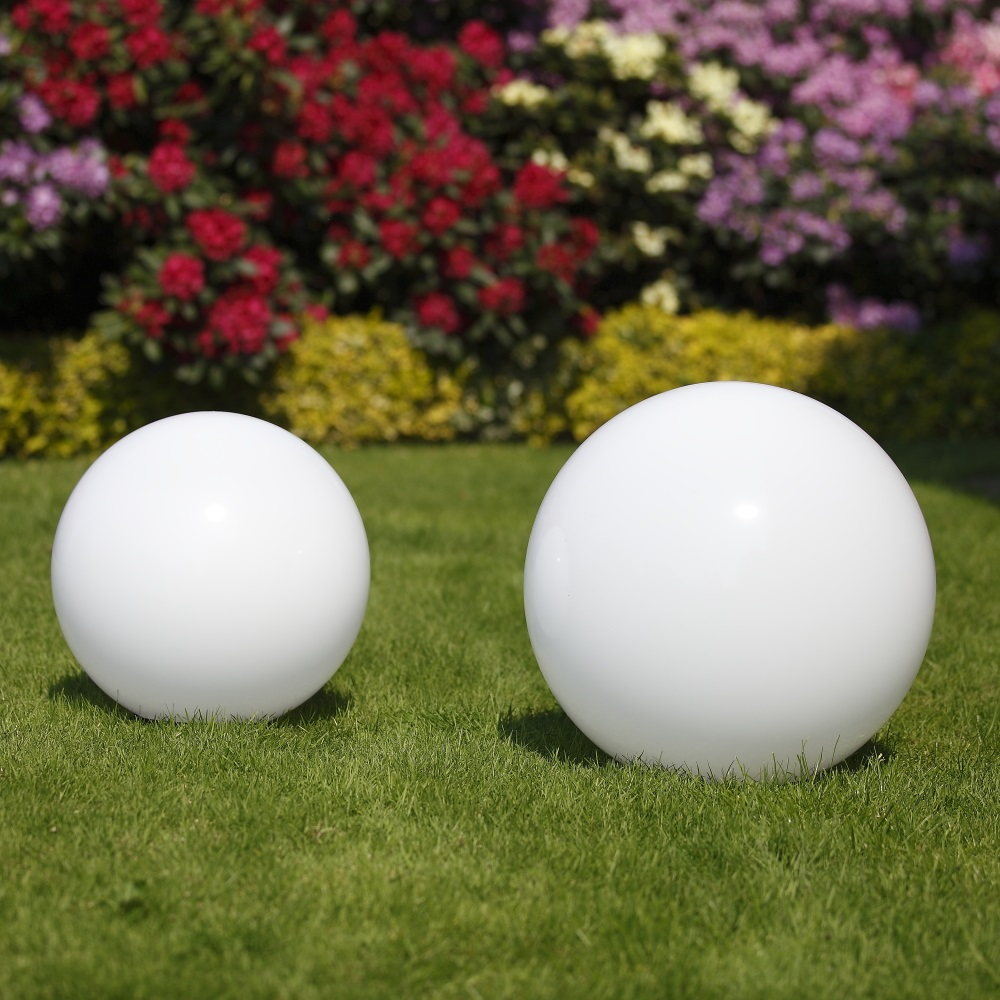 Kugelleuchten, 2er Set, D = 20cm & 30cm, mit Erdspieß, Gartenlampen
