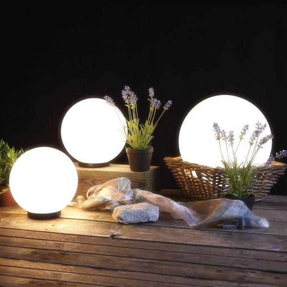 LHG Kugelleuchten 3er Set 2x 20cm & 1x 30cm für Außen mit Stromkabel, inkl. E27 LED, Garten Kugellampen aus weißem Kunststoff, IP44 Outdoor geeignet, E27 Fassung