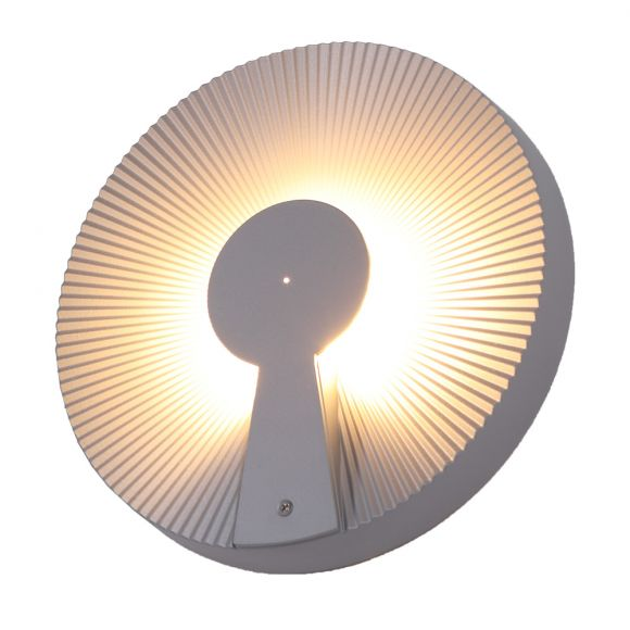 Wandleuchte mit indirekter Beleuchtung