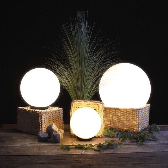 LHG Kugelleuchten 3er Set 25, 30 & 40cm für Außen mit Stromkabel, Garten Kugellampen aus weißem Kunststoff, IP44 Outdoor geeignet, E27 Fassung