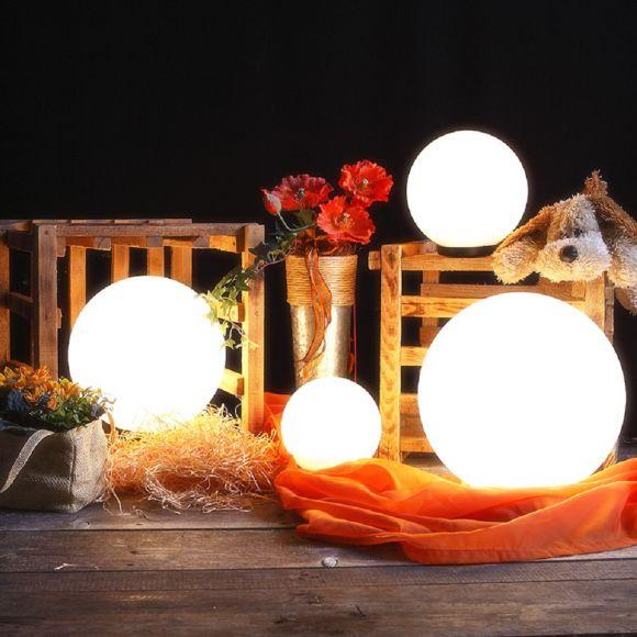 LHG Kugelleuchten 4er Set 15, 20, 25 & 30cm für Außen mit Stromkabel, Garten Kugellampen aus weißem Kunststoff, IP44 Outdoor geeignet, E27 Fassung