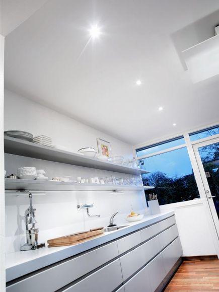 Moderner Einbaustrahler mit LED - 3 Dioden 3W + LED-Taschenlampe