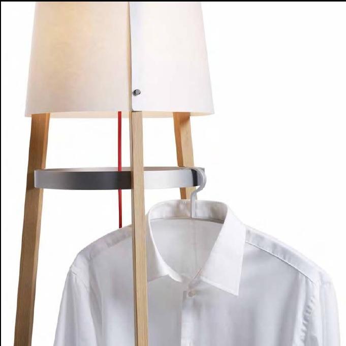 domus design stehleuchte garderobe echtholz wohnlicht. Black Bedroom Furniture Sets. Home Design Ideas