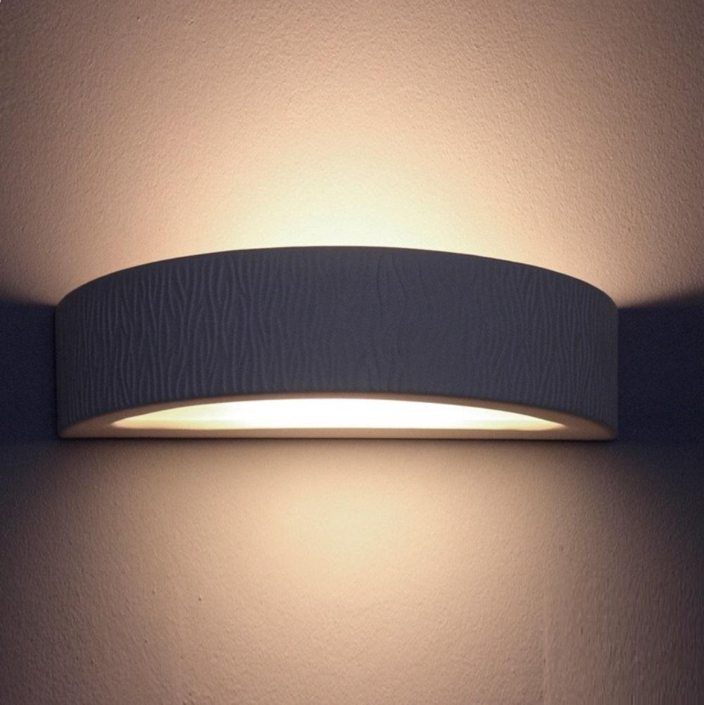 indirektes licht mit der wandleuchte omega e aus gips. Black Bedroom Furniture Sets. Home Design Ideas