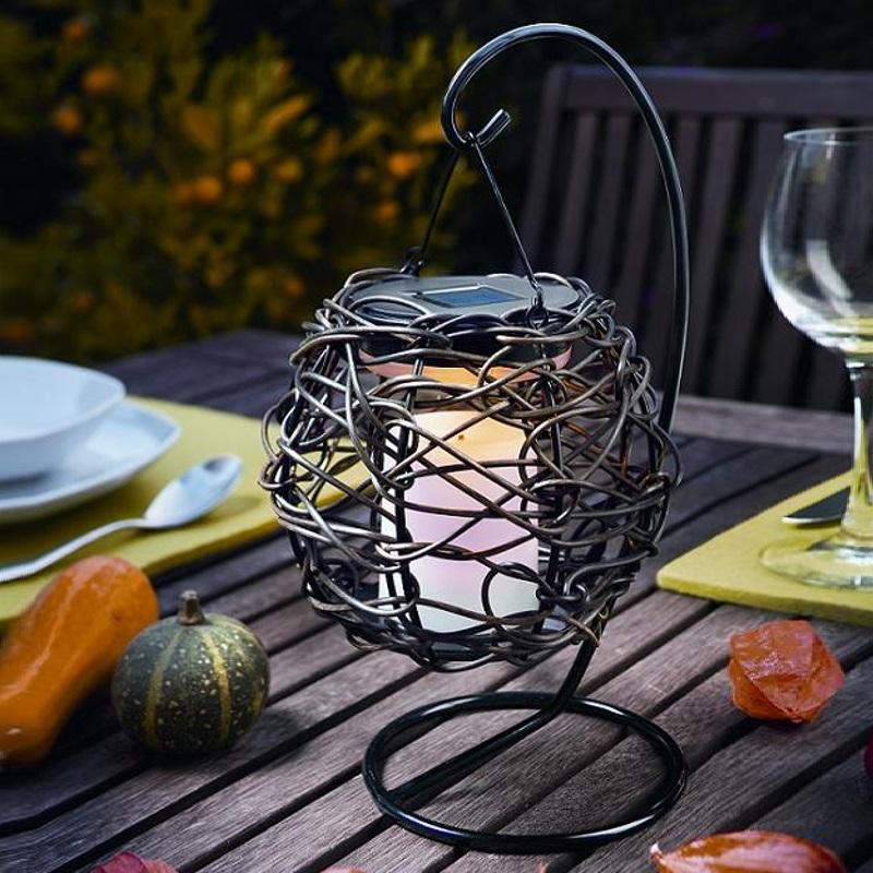 led solarleuchte zum h ngen oder stellen flackerlicht. Black Bedroom Furniture Sets. Home Design Ideas