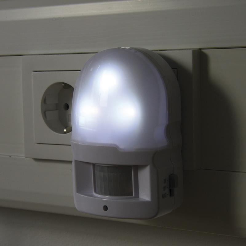 led nachtlicht mit 90 bewegungsmelder und dauerlicht in wei 1w 4500 k neutralwei wohnlicht. Black Bedroom Furniture Sets. Home Design Ideas
