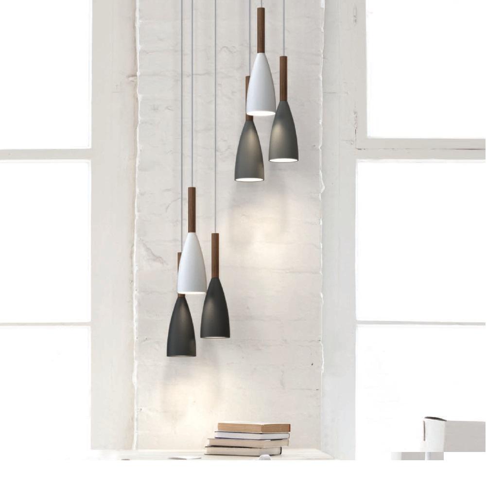 pendelleuchte mit walnussholz wohnlicht. Black Bedroom Furniture Sets. Home Design Ideas