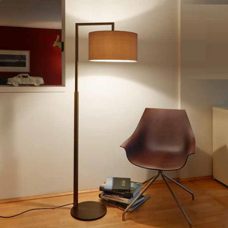standleuchte headlong mit chintz schirm in 2 oberfl chen wohnlicht. Black Bedroom Furniture Sets. Home Design Ideas