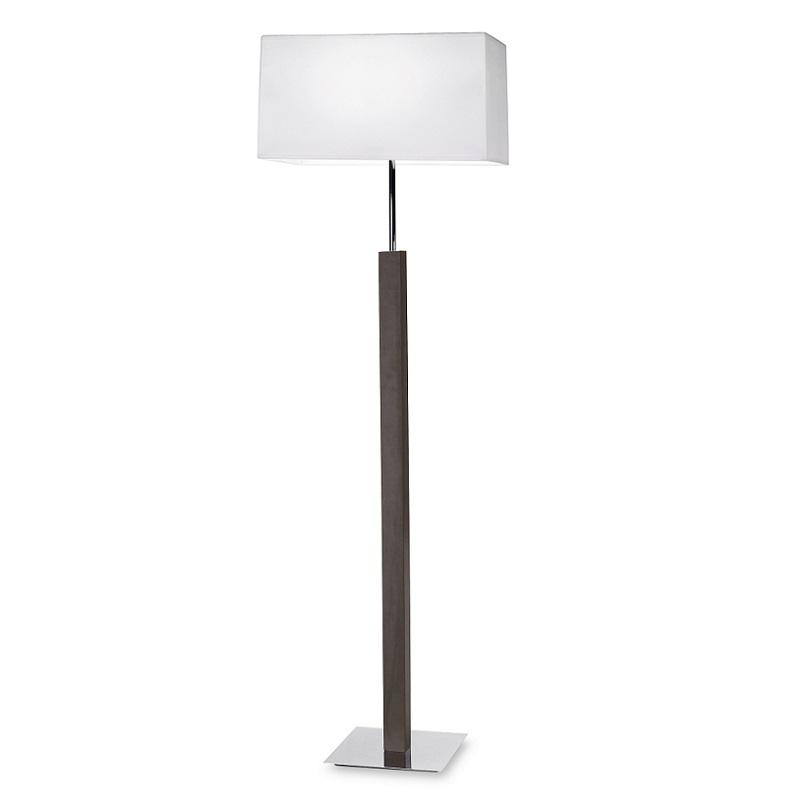 stehleuchte aus holz mit wei em stoffschirm wohnlicht. Black Bedroom Furniture Sets. Home Design Ideas