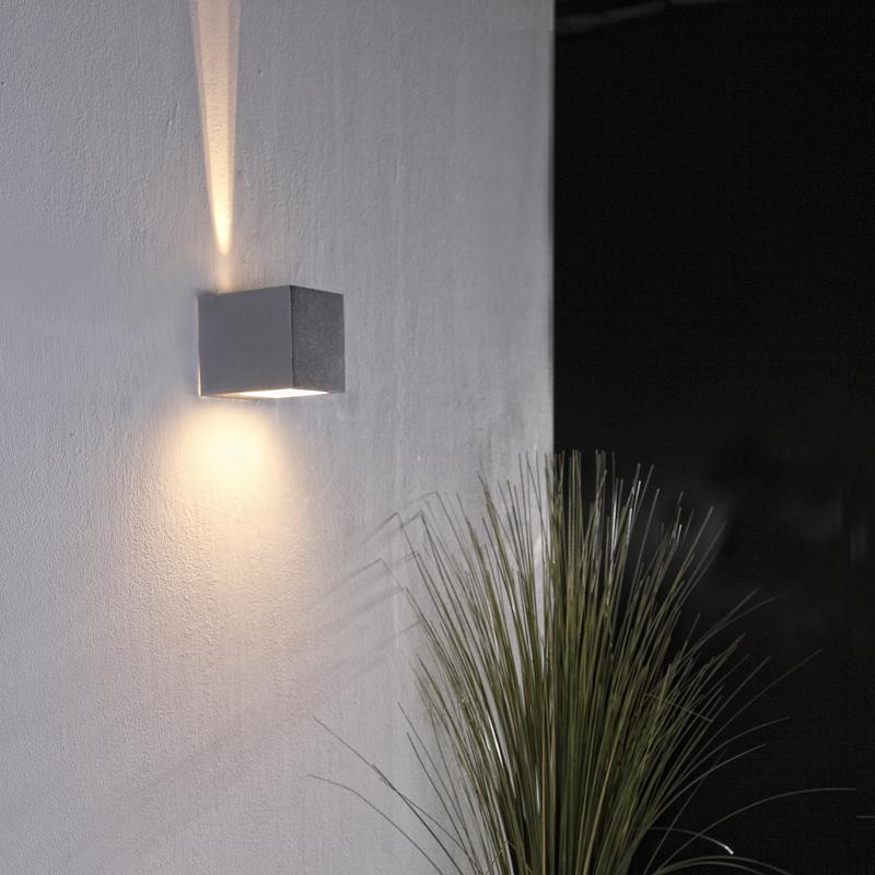 tolle lichteffekt wandleuchte f r den wohnbereich wohnlicht. Black Bedroom Furniture Sets. Home Design Ideas