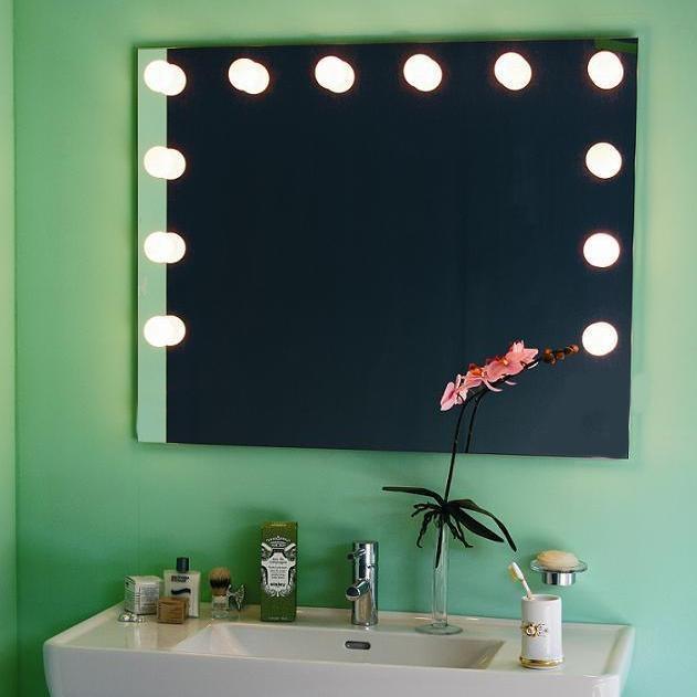 top light spiegel bulbline 80x120cm mit 12 lichtkugeln opal wohnlicht. Black Bedroom Furniture Sets. Home Design Ideas