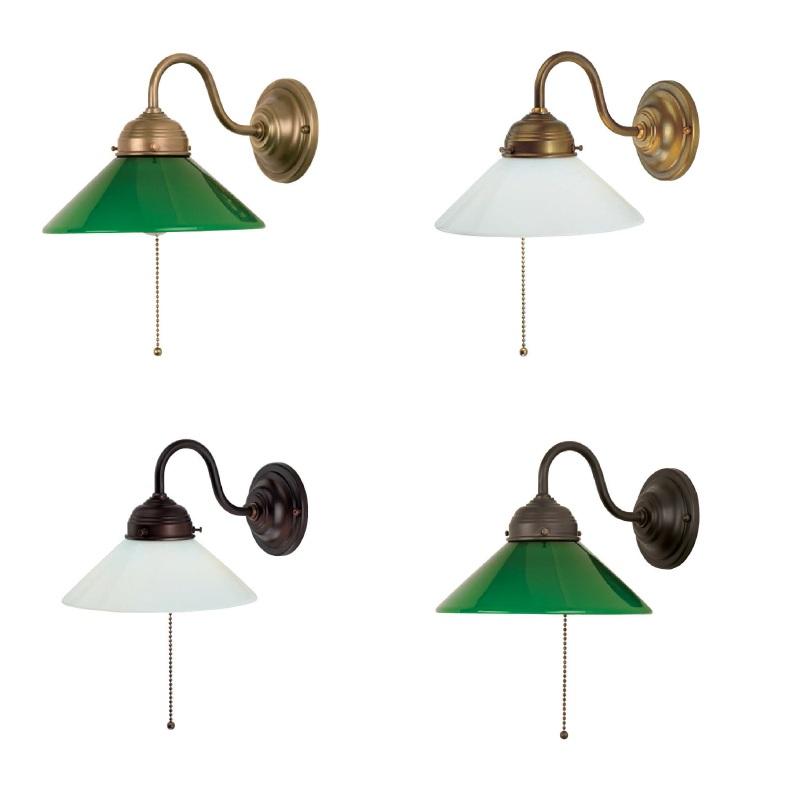 wandleuchte aus berliner messing oder antik mit wei em oder gr nem glas und zugschalter wohnlicht. Black Bedroom Furniture Sets. Home Design Ideas