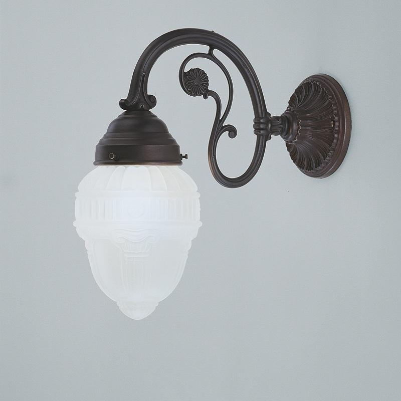 wandleuchte im jugendstil in messing antik mit dekorativem glas wohnlicht. Black Bedroom Furniture Sets. Home Design Ideas