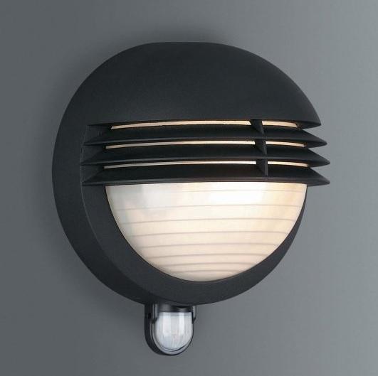 wandleuchte mit bewegungsmelder in schwarz wohnlicht. Black Bedroom Furniture Sets. Home Design Ideas