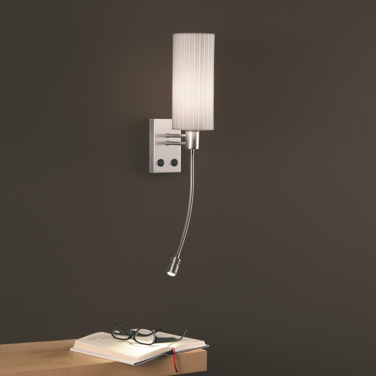 wandleuchte mit led lesearm in nickelmatt mit pliss schirm rund wohnlicht. Black Bedroom Furniture Sets. Home Design Ideas
