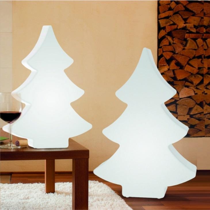 weihnachtsbaum in zwei h hen und zwei farben wohnlicht. Black Bedroom Furniture Sets. Home Design Ideas